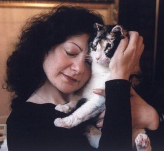 Remembering Scarlett the Precious Heroine Cat with Karen Wellen